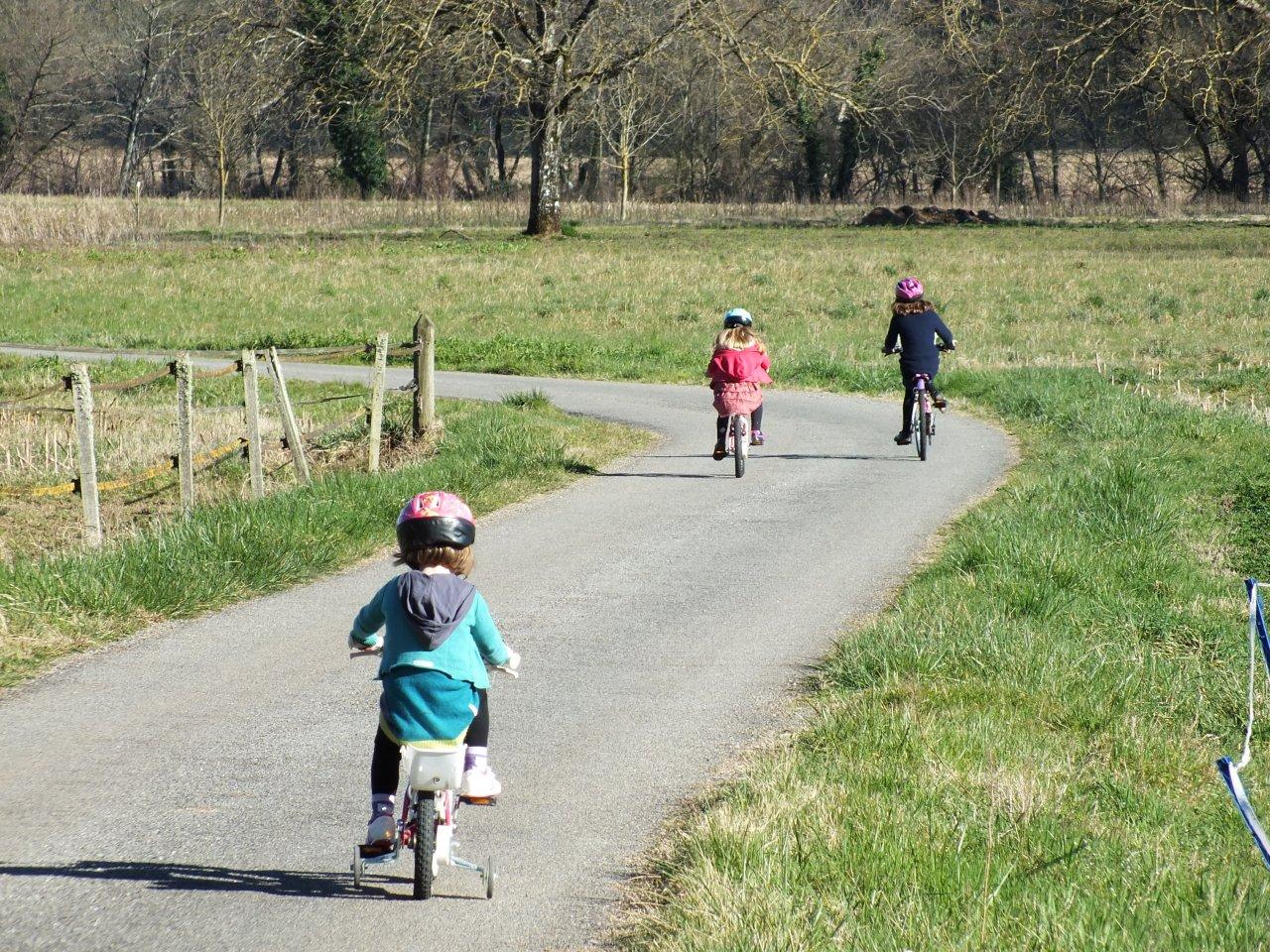 Parcours à vélo pour les petits à Faycelles