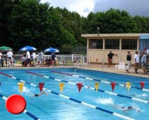 La piscine de Saint-Céré dans le Lot