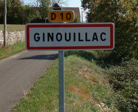 Panneau du village de Ginouillac dans le Lot