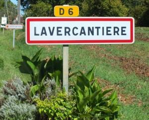 Panneau du village de Lavercantière dans le Lot