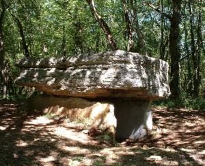 Dolmen de Pech Lapeyre à Limogne-en-Quercy dans le Lot