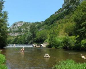 Baignade à Marcilhac-sur-Célé dans le Lot