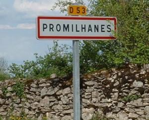 Panneau du village de Promilhanes dans le Lot