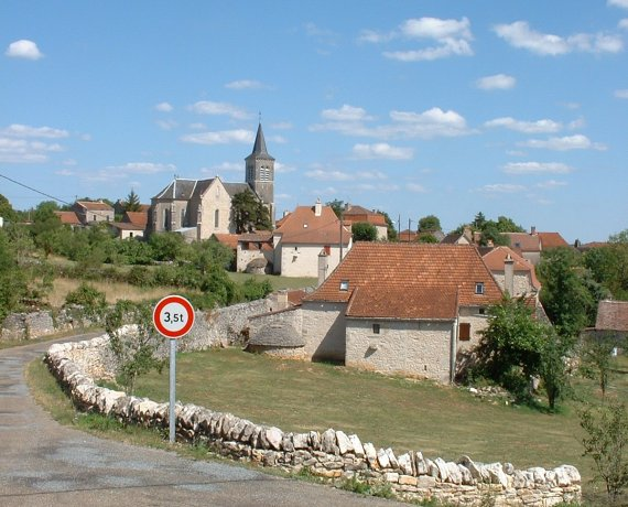 Le bourg de Lugagnac dans le Lot