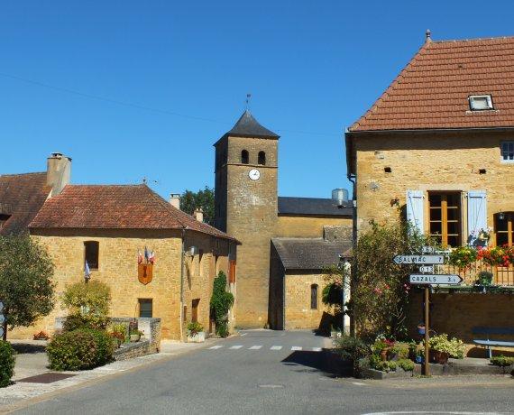 Le bourg de Marminiac dans le Lot