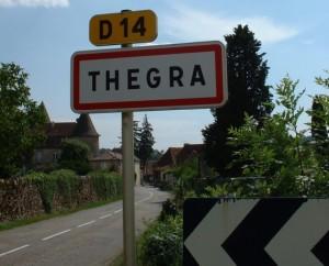 Panneau du village de Thégra dans le Lot
