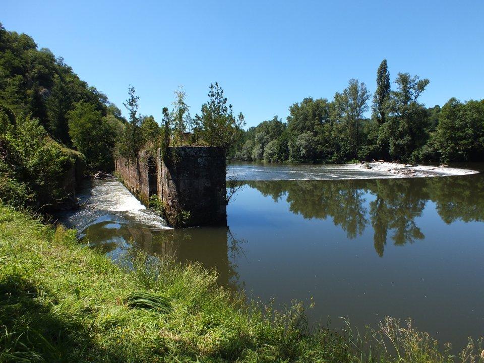 L'écluse désaffectée de Bréziès à Cuzac dans le Lot (La poulou)