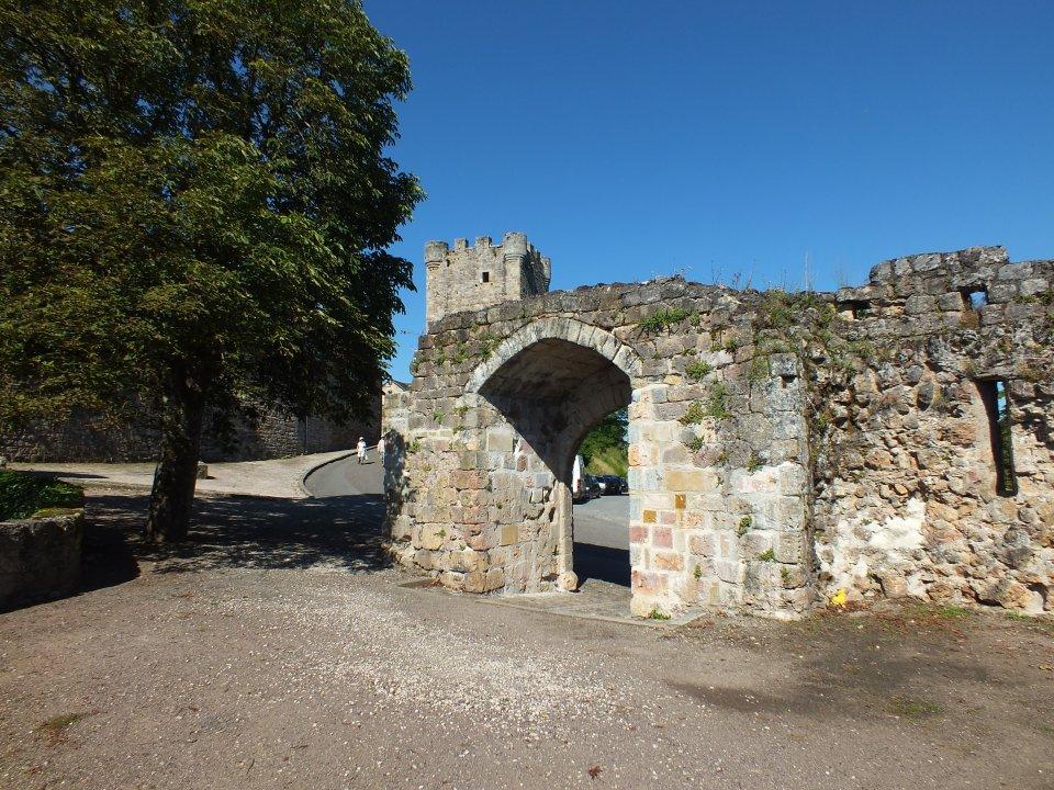 La porte de Gergovie à Capdenac-le-Haut dans le Lot