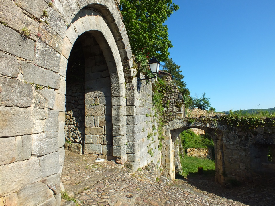 La porte Narbonnaise à Capdenac-le-Haut dans le Lot