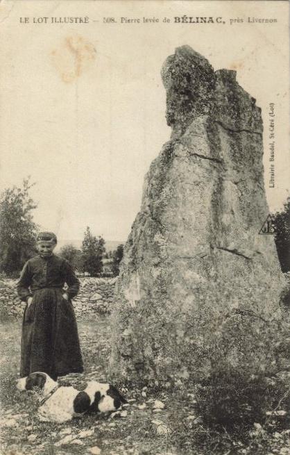 Le menhir de Bélinac dans le Lot