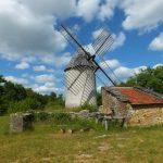 Promilhanes. Le moulin à vent du Mas de la Bosse