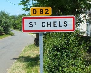Panneau du village de Saint-Chels dans le Lot