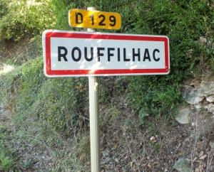 Panneau du village de Rouffilhac dans le Lot