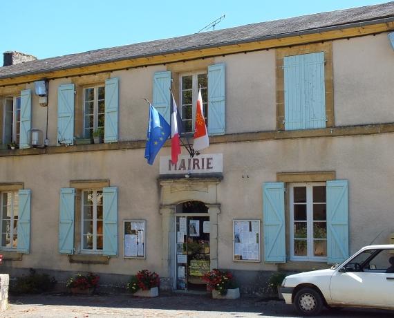 La mairie de Gindou dans le Lot