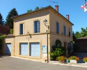 La mairie de Saint-Caprais dans le Lot