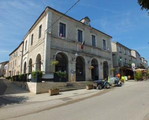 Mairie de Lalbenque (rue de Marché aux Truffes) dans le Lot