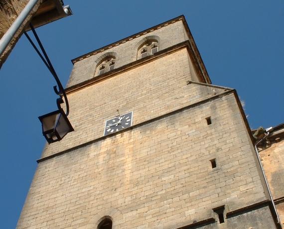 Église Saint-Pierre à Gourdon dans le Lot