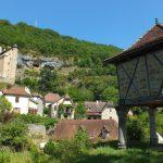 Larroque-Toirac. Le pigeonnier du château