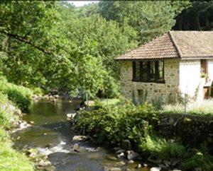 Circuits randonnée pédestre - Calviac (Sousceyrac-en-Quercy) - Circuit les Vieux Chemins d'Auvergne - 20km (Peyratel ruisseau d'Escamels)