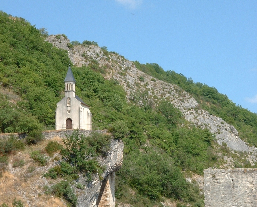Circuits randonnée pédestre - Laroque des Arcs - Circuit des Arts - 13km (chapelle Saint-Roch à Laroque des Arcs)