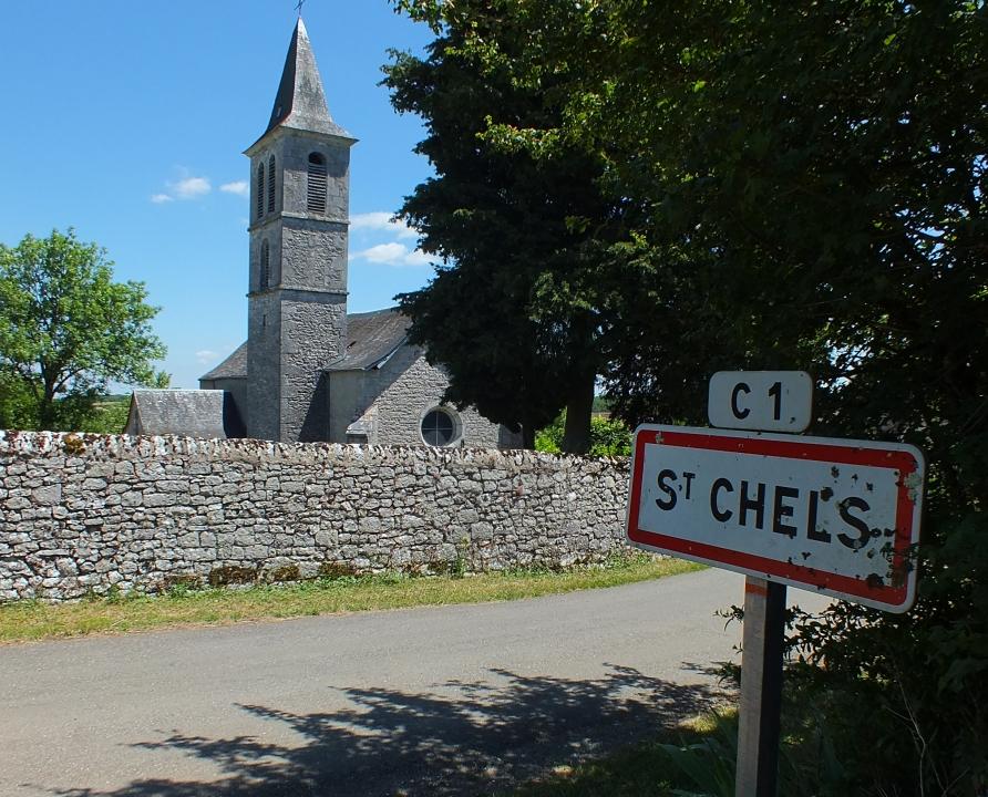 Circuits randonnée pédestre - Marcilhac-sur-Célé - Le circuit des huit dolmens de Saint-Chels - 16km (l'église de Saint-Chels)