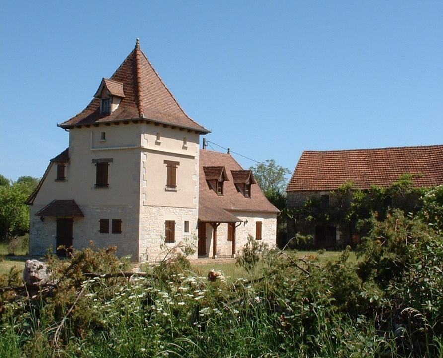 Circuit VTT - Reilhac - A Travers les Croix du Quercy - 22km (Belle demeure à Flaujac-Gare)