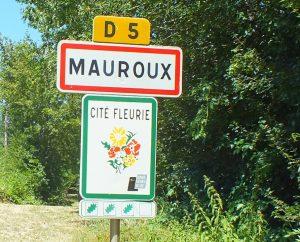 Communes - Mauroux - - - Panneau du village de Mauroux