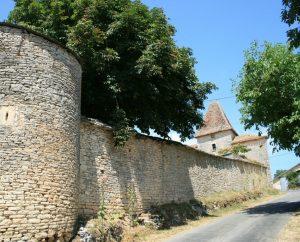 Circuits randonnée pédestre - Montamel - Circuit des Deux Fontaines - 10km (Château de Laroque à Montamel)