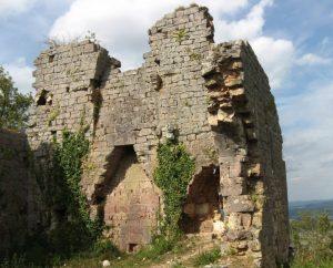 Circuits randonnée pédestre - Padirac - Le circuit de Padirac - Gintrac - Magnagues - 16km (Ruine du château de Taillefer à Gintrac)
