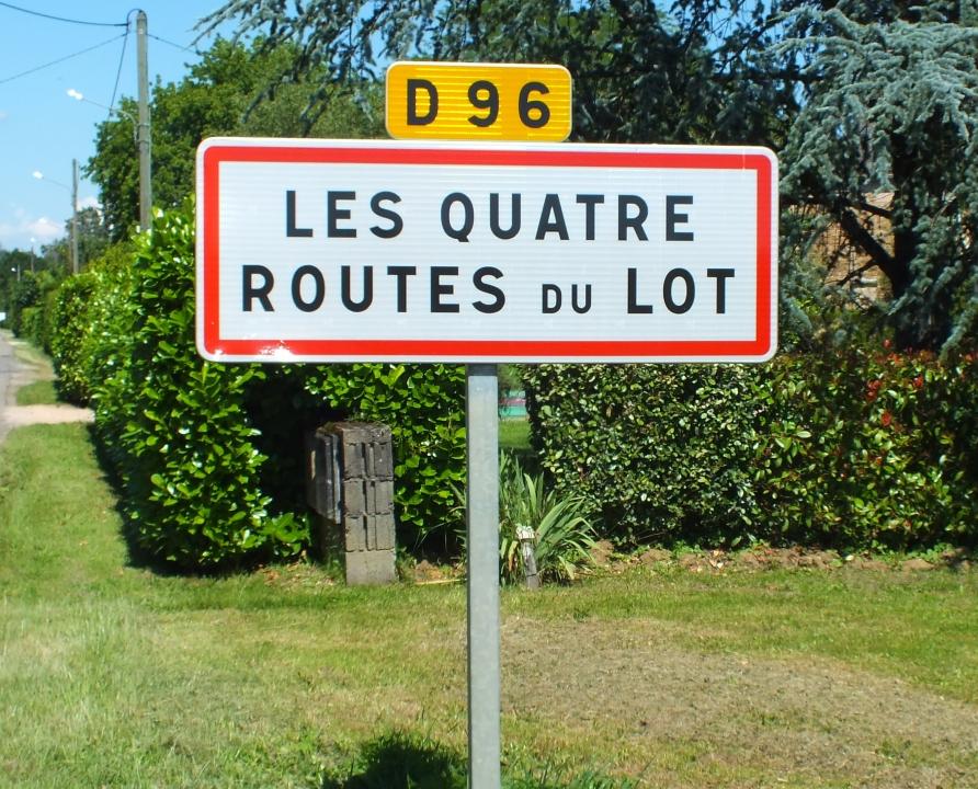 Communes - Les Quatre-Routes-du-Lot - - - Panneau du village des Quatre-Routes-du-Lot