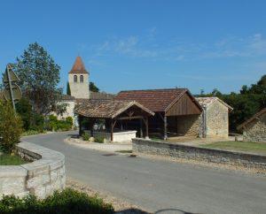 Circuits VTT - Saint-Cyprien - Au Fil des Vallées du Lendou et du Tartuguier - 17km (bourg de Saint-Cyprien)