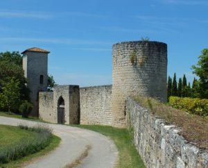 Châteaux & Fortifications - Sainte-Croix - Château de Lastours -