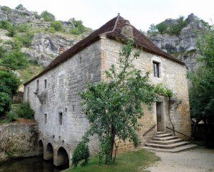 Moulin à eau - Calès - Moulin de Cougnaguet - Torsade de Pointe (Wikipédia)