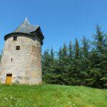 Laramière. L'ancien moulin à vent du Prieuré