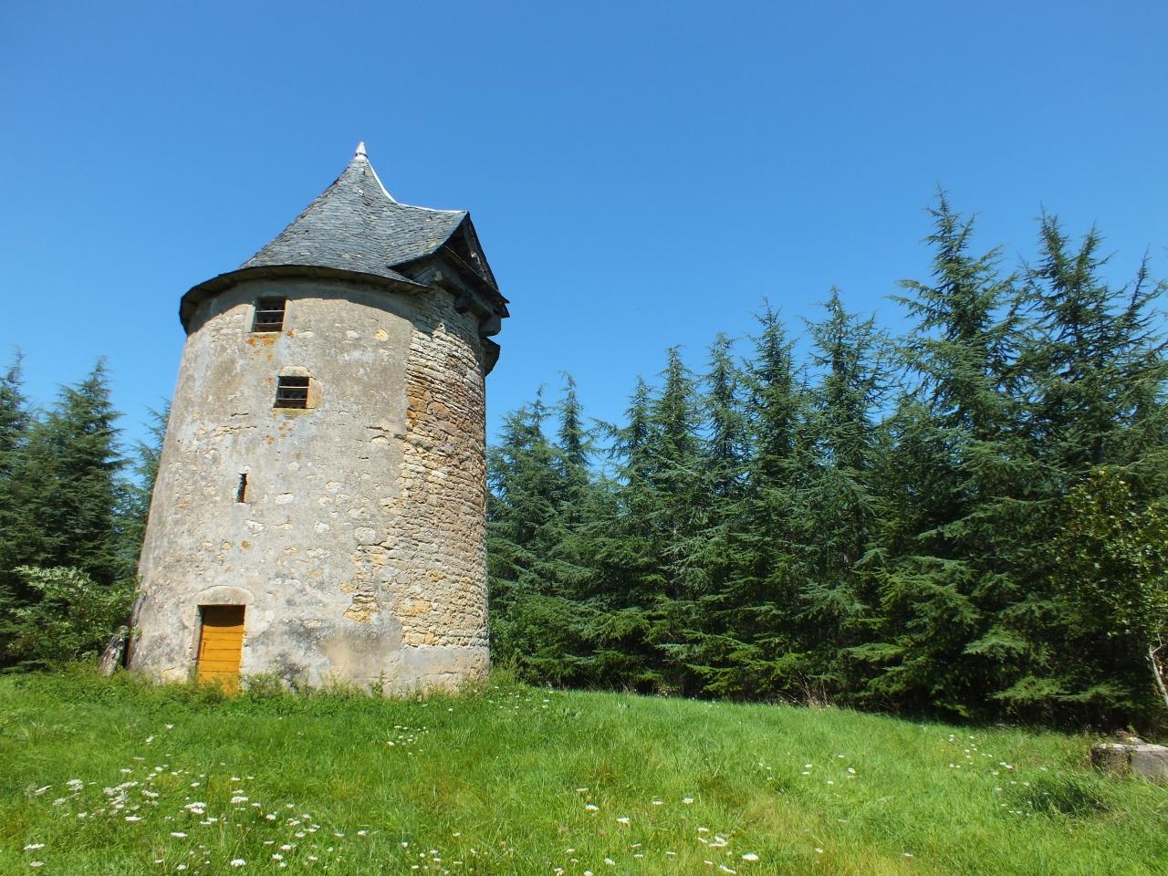 Moulin à vent - Laramière - Moulin à vent du Prieuré -