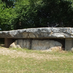 LOT'refois - Photo 2013 - Livernon - Dolmen Pierre Martine