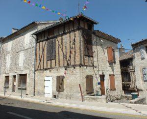 Demeures & Manoirs - Castelnau-Montratier (Castelnau Montratier-Sainte Alauzie) - Belles demeures (Rue Georges Clémenceau) -