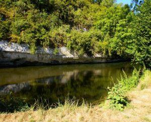 Baignade en eau douce - Cabrerets - Baignade dans le Célé près du camping municipal (bourg) -