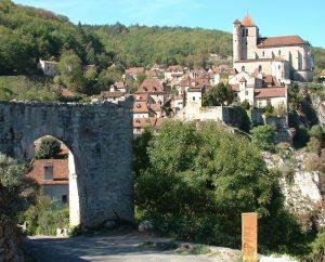 Circuits randonnée pédestre - Saint-Cirq-Lapopie - Bourg de Saint-Cirq-Lapopie - 1km300 (Vue depuis la porte Pélissaria)