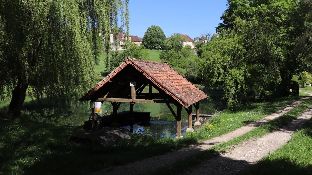 Lavoirs - Montfaucon - Le lavoir du plan d'eau -