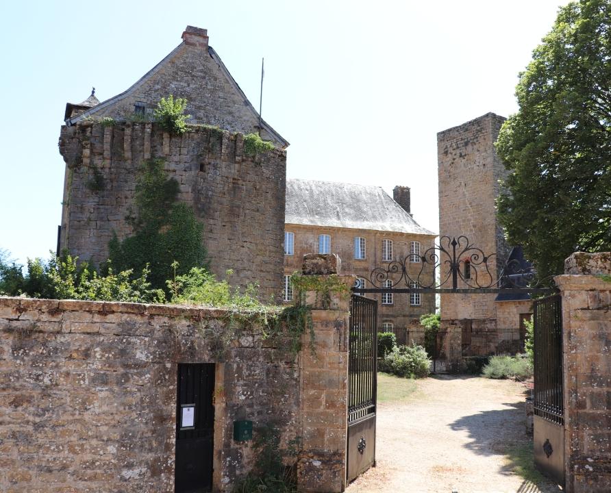 Châteaux & Fortifications - Cavagnac - Château de Cavagnac -