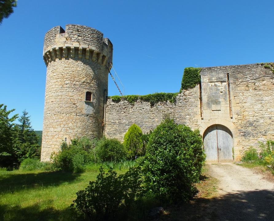 Châteaux & Fortifications - Grézels - Château de la Coste -