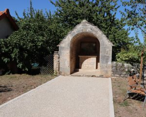 Oratoires - Issendolus - Oratoire du bourg -