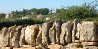 Murettes en pierre sèche à Saint-Jean-Mirabel dans le Lot